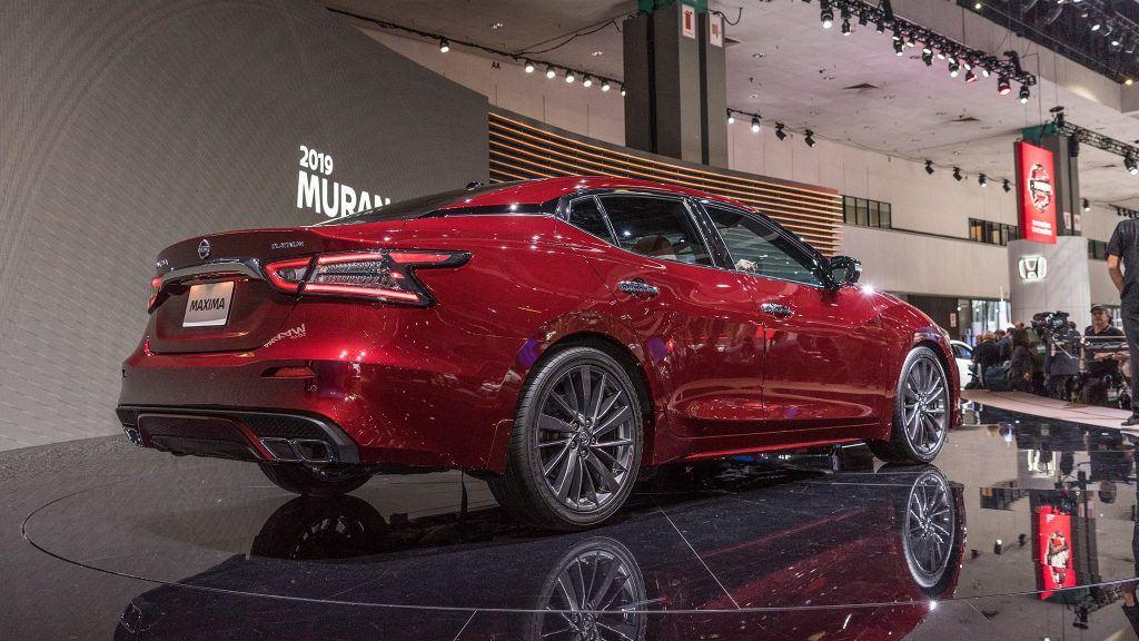 2019-Nissan-Maxima-9