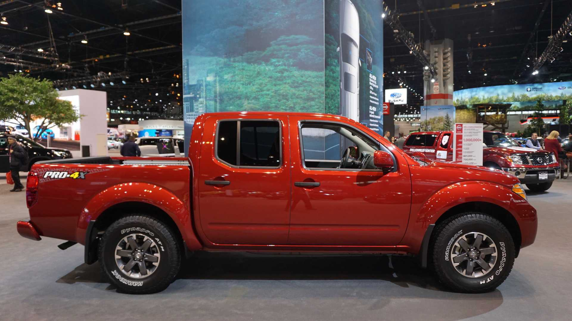 2020-nissan-frontier-at-chicago-auto-show (2)